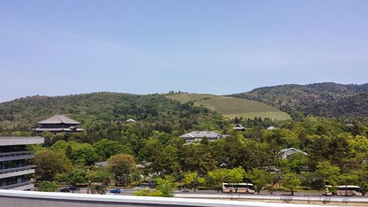 県庁屋上から東大寺・若草山